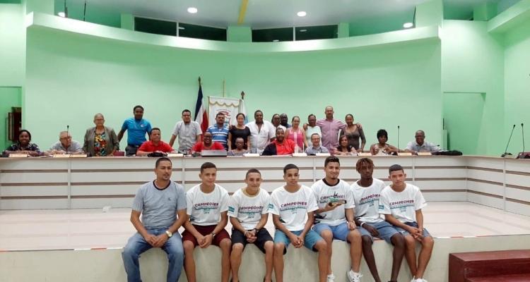 Colegio Deportivo de Limón se corona campeón de la Copa Kolbi